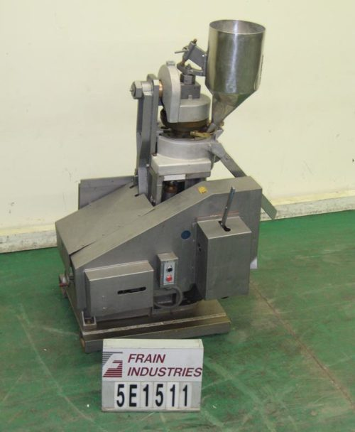 Photo of Vector Press Tablet Rotary 250 D tooling, 12 Station, 36000 lbs pressure, to 480 tpm