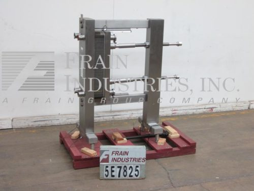 Photo of APV / SPX Heat Transfer Heat Exch Plate SR21 M6006 Other Manual